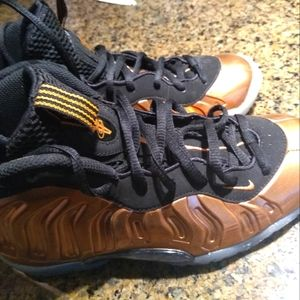 Nike Air Foamposite one cooper youth sneakers